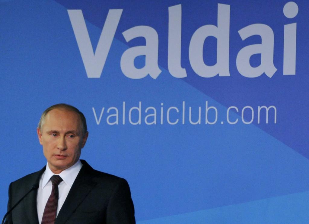 Poutine parle au Valdaï Club